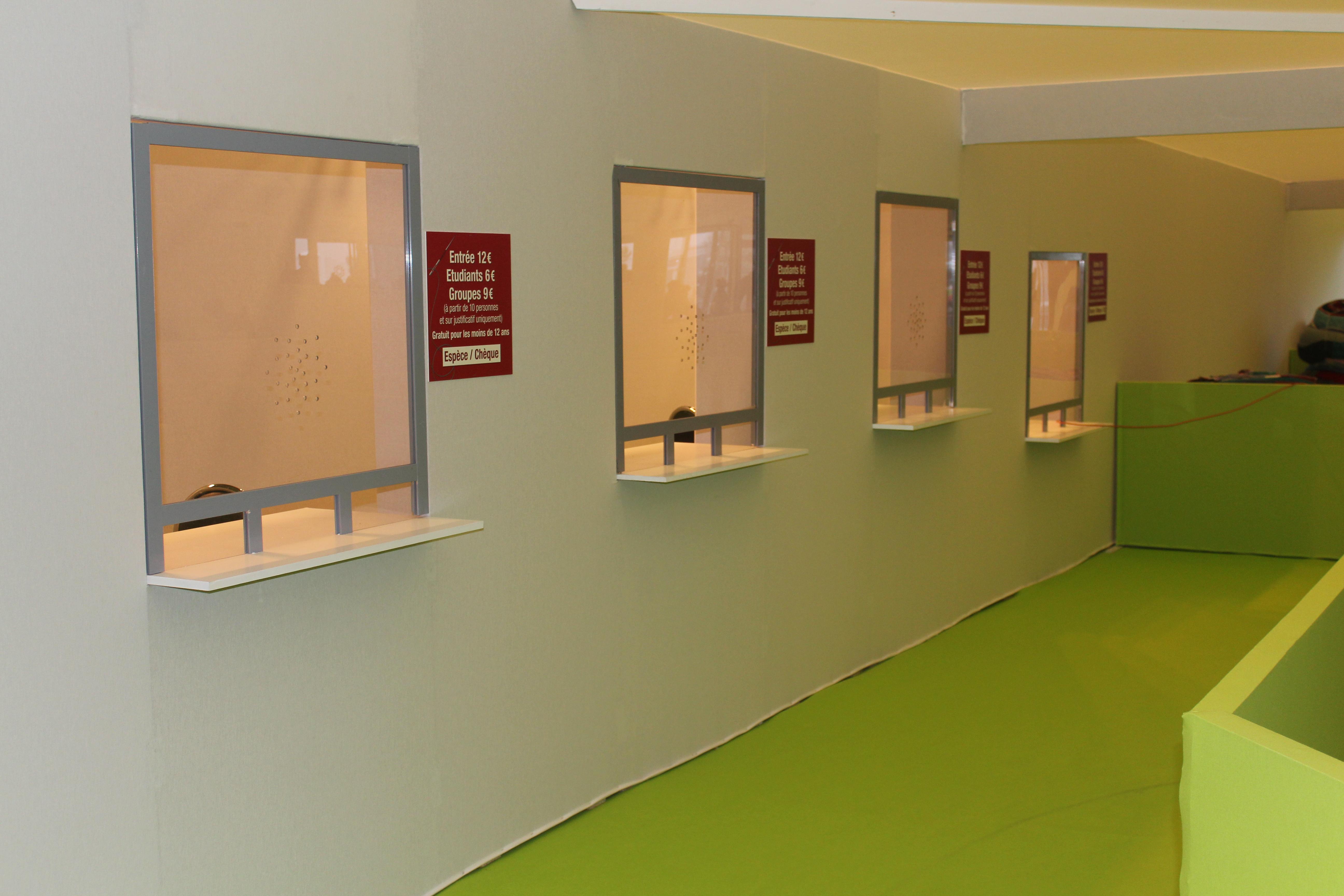Caisse avec hygiaphone optima u2013 installation générale salon